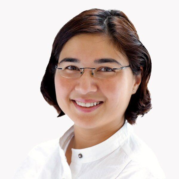 Dr. Yasmin Akrum